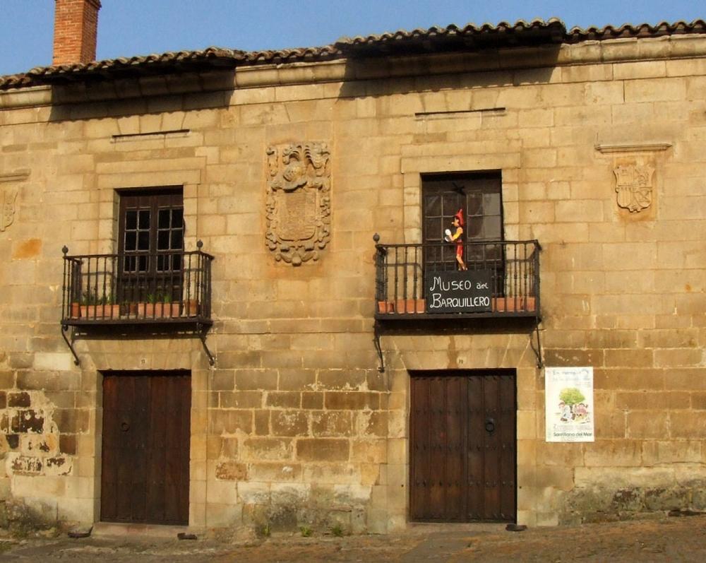 18. Antigua Casa de los Abades