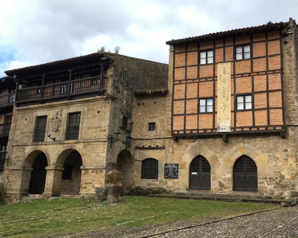 Casas del Águila y La Parra