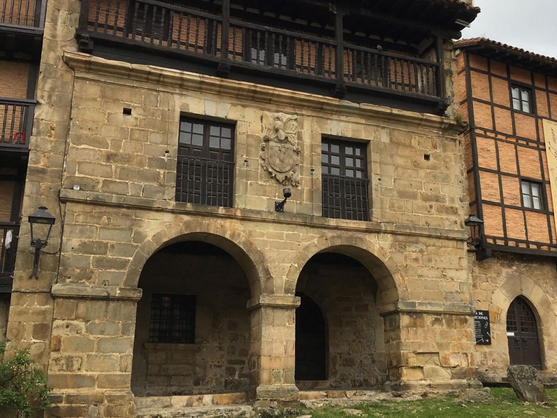 Casa Del 193 Guila En Santillana Del Mar